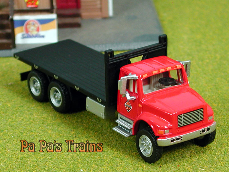 Red Die Cast International 4900 Flatbed by Boley HO 1:87 ...